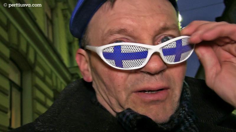 Pertti con sus gafas de sol finlandes